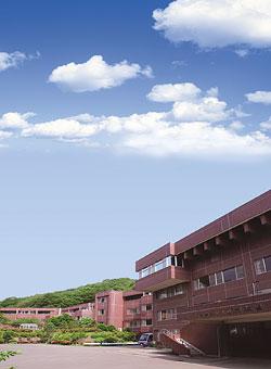 画像:養護老人ホーム 松楓園(全景)